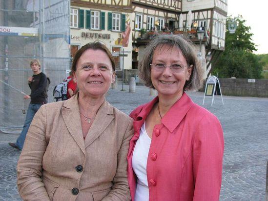 Annette Sawade und Evelyne Gebhardt beim Brückenfest. Bild privat